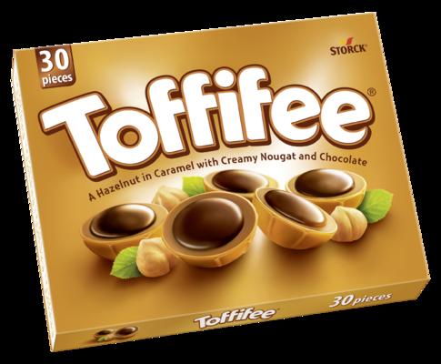 Toffifee 30 pieces - Celá jádra lískových ořechů (10 %) v karamelu (41 %) s lískoořechovým krémem (37 %) a čokoládou (12 %).